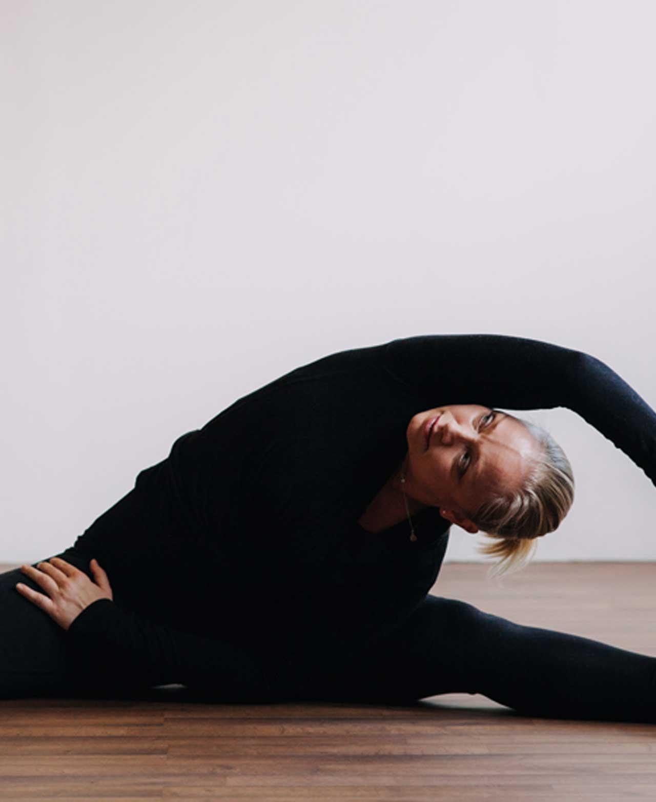 Mindful Yoga m. Elise Jansen